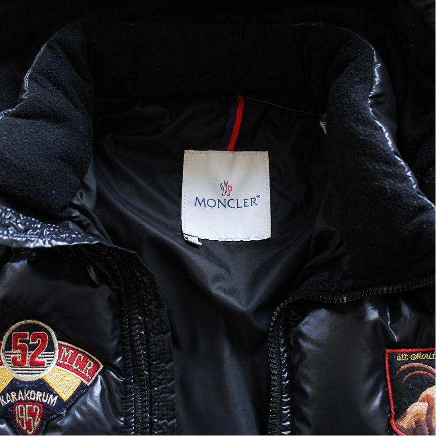 stemma moncler
